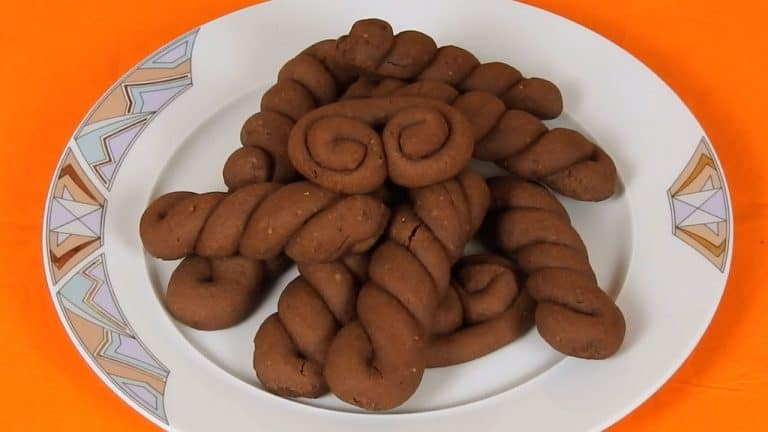 Delicious Chocolate Hazelnut Kooloorakia