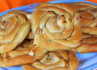 Crunchy-Swirl-Pie-Filled-with-Feta