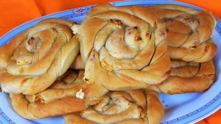 Crunchy Swirl Pies Filled with Feta