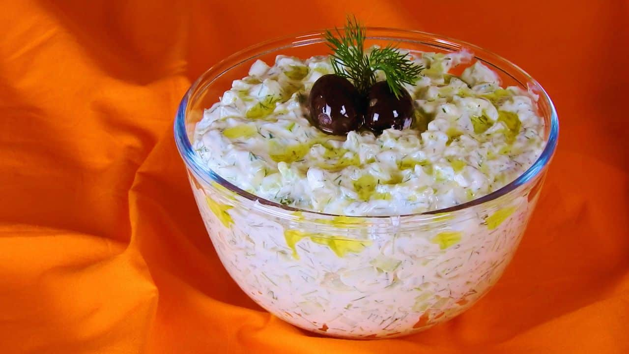 tzatziki-cool-dip-with-greek-yogurt-and-cucumber