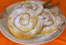 Greek-sweet-pumpkin-hand-pies-with-homemade-phyllo