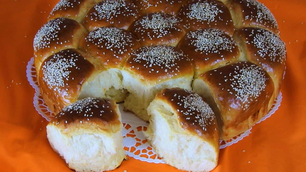pull-apart-tsoureki-with-buttermilk