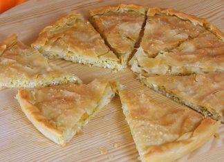 Hot-leek-pie-with-parmesan-and-tirokafteri