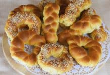 Fasting-Greek-Tsoureki-Buns-with-Olive-Oil
