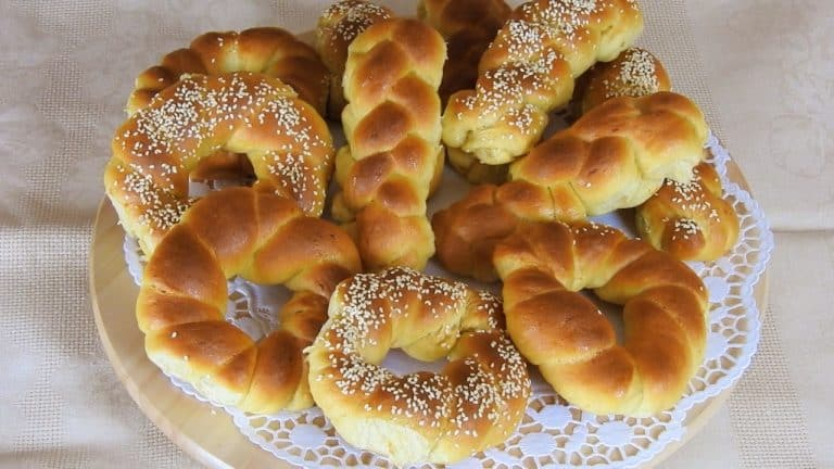Greek Tsoureki Buns with Olive Oil (Fasting Recipe)