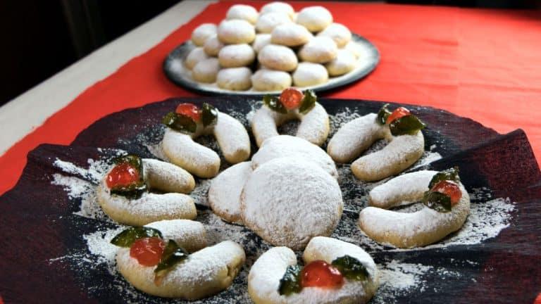 Almond Snowball Cookies – Christmas Recipe