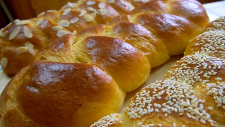 Fluffy & Aromatic Tsoureki Bread with Olive Oil