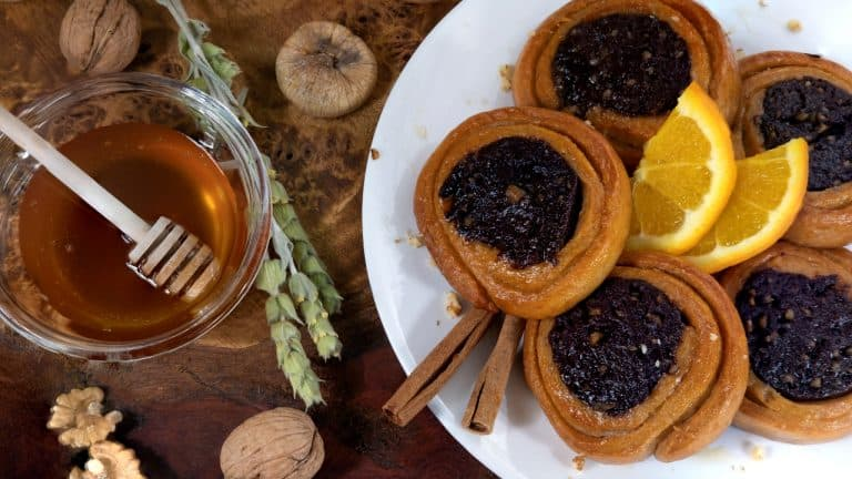 Cocoa – Hearted Syrup Pastries with Olive oil & Honey