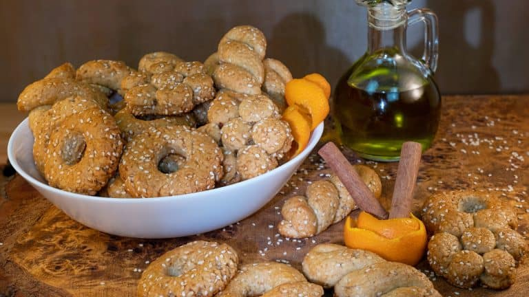 Crunchy Sesame Cookies with Olive Oil